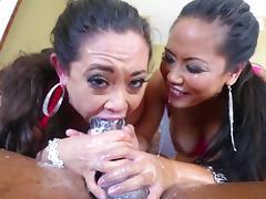 Jessica Bangkok and Eden Alexander suck a BBC and swap jizz tube porn video