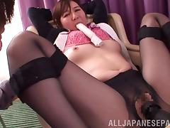 Japanese chubby in lingerie enjoying her pussy being worked on using vibrator tube porn video