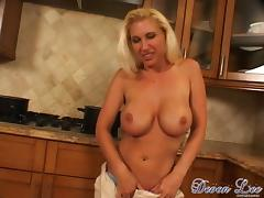 Kelly Kline's big tits bounce as she rides this dick on the kitchen floor tube porn video