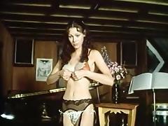 Annette Haven, Lisa De Leeuw, Paul Thomas in classic xxx site tube porn video