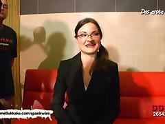 Nerdy MILF Manu loves Bukkake tube porn video