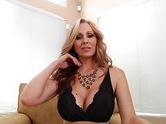 Blue eyed milf Julia Ann gives an arousing POV handjob tube porn video
