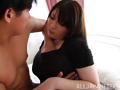 Face fucking a Japanese MILF and poking her snatch tube porn video