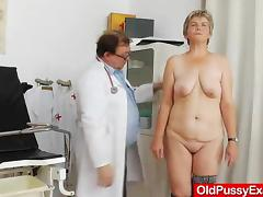 Milf gyno done right with a spekula tube porn video