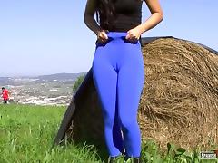 Sweet teen blue cameltoe tube porn video