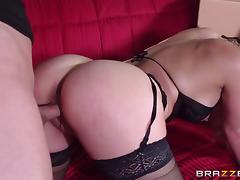 Milfs Like it Big: Stalk The Cock. Cherie Deville, Ike Diezel tube porn video