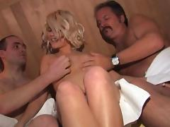 vienna use of the sauna with 2 neighbors tube porn video