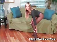 Pantyhose feet tease tube porn video
