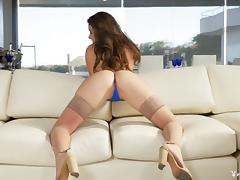 Scarlett Rose peels off her tiny thong and teases her pussy tube porn video