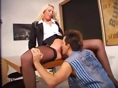 Gorgeous German blonde in stockings nailed on the table tube porn video