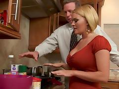 Krissy Lynn is trying to help Mark tube porn video