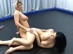 blonde vs brunette tribbing sexfight tube porn video