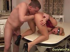 busty stepmom gets deep fistet tube porn video