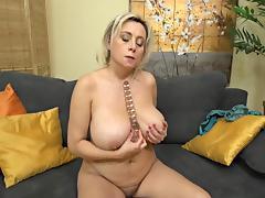 (2) 40s Mature and juicy big tits tube porn video
