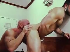 Muscle motel tube porn video