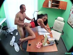 Inga in No health insurance causes shy patient to pay for treatment with wanking blowjobs and fucking - FakeHospital tube porn video