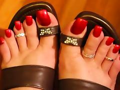 HALLOWEEN RED TOENAILS tube porn video