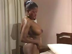 Vintage Ebony Ayres tube porn video