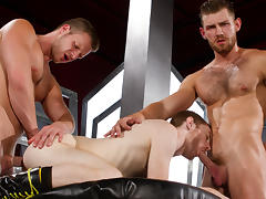 Brian Bonds & Seamus O'Reilly & Jacob Peterson in The Abysse, Part 1 - ClubInfernoDungeon - ClubinfernoDungeon tube porn video