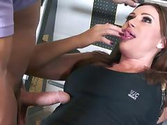 Sky Taylor always liked to get her pussy drilled in the local gym tube porn video