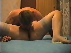 Vecchia troia si sgrilletta 1 tube porn video