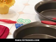 FamilyStrokes - Cute Young Teen Fucks Step-Dad Whie Mom Cooks tube porn video
