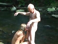 Grandpa sucked & sucking tube porn video