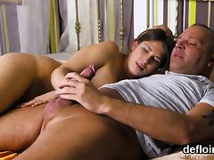 Lovesome girl spreads tight pussy and gets deflorated tube porn video