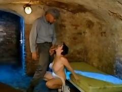 Prisonniere suzie tube porn video