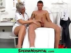 CFNM exam and handjob feat. Czech milf Beate tube porn video