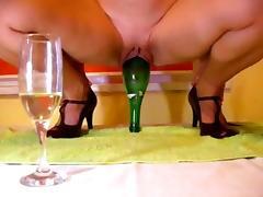 Bottle inside pussy tube porn video