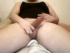 Married guy jerks off and cums tube porn video