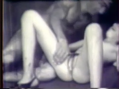 Hot Young Girl Loves Toys and Dicks 1940 tube porn video
