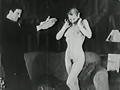 Magician Magically Makes Her Clothes Disappear 1940 tube porn video