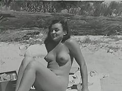Blonde Sunbathing Hairy Naturist Girl 1950 tube porn video