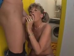 Mature Woman With Natural Boobs tube porn video