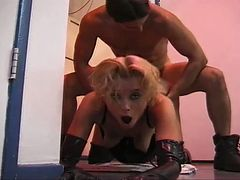 Blonde chick gets a hardcore fuck in the kitchen tube porn video