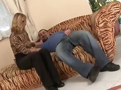 mature pussy tube porn video