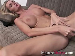 Skinny blonde MILF showing her toy tube porn video