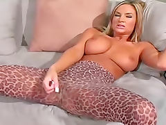 Amy Reid teases in pantyhose and talks dirty tube porn video