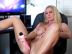 Devon Lee watches porn and masturbates tube porn video