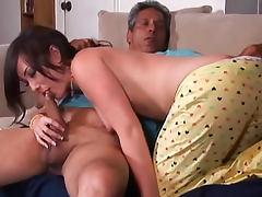 Jennifer White sucks big cock tube porn video