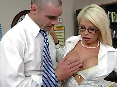 Banging the Gorgeous Blonde MILF Brooke Haven in the Office tube porn video