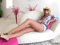 Blonde Brooke Banner having hardcore cowgirl tube porn video