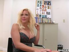 MILF In Session tube porn video