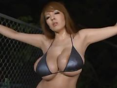 Hitomi Tanaka moans wildly while getting her pussy toyed tube porn video