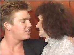 2 mature in pub tube porn video