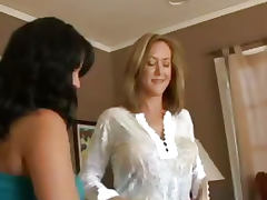 Brandi Love and Sophia Lemeni Have a 3 Some tube porn video