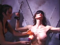 Lesbian chicks using nipple clamps tube porn video