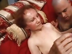 Very Old Granny Linda tube porn video